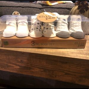 Chickpea 3 set Socks 0-12 month